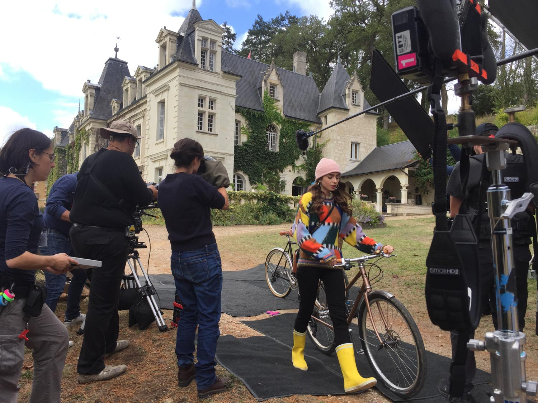EmilyinParis-plateau-tournage (1)