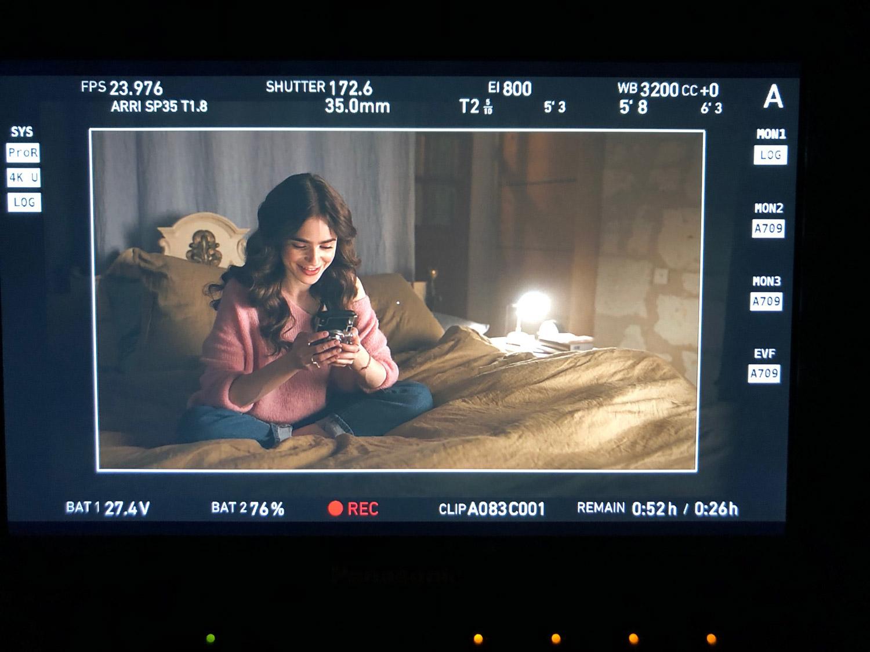 EmilyinParis-plateau-tournage (3)