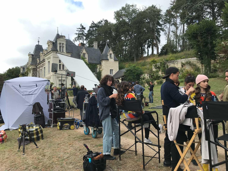 EmilyinParis-plateau-tournage (4)