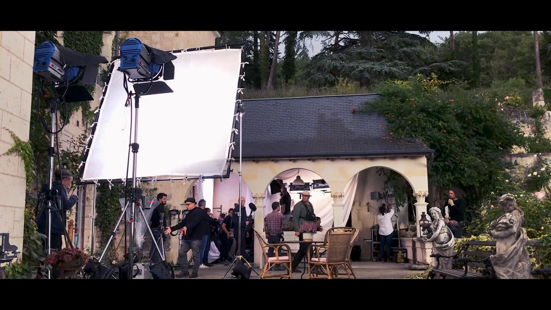 MO-EmilyinParis tournage 2